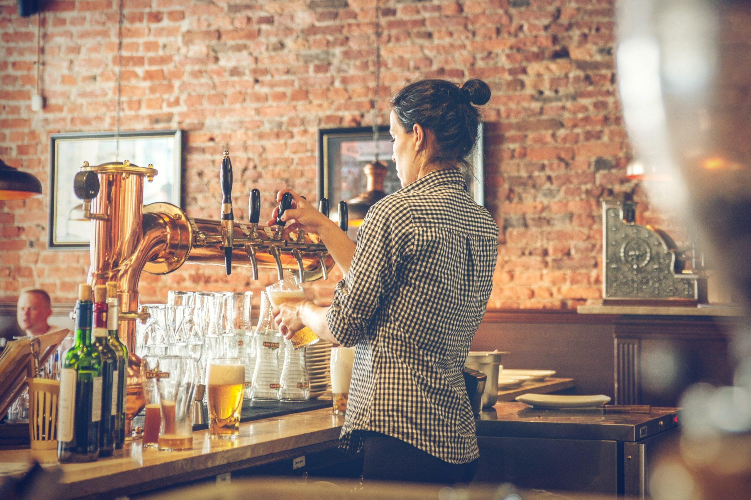 Altes Rock-Café für Geselligkeit und Bildung